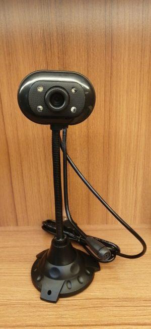 Webcam (độ phân giải 640×480)