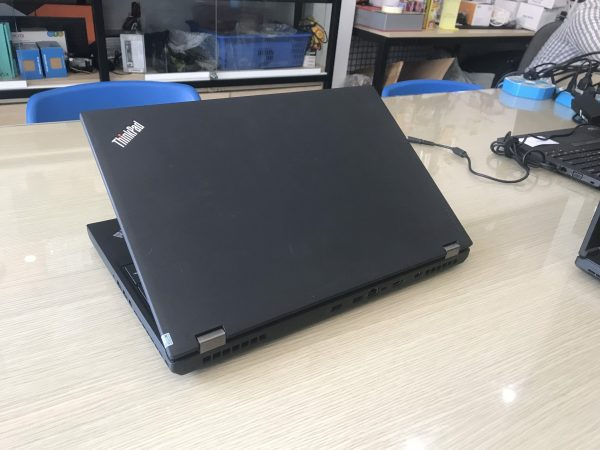 Lenovo ThinkPad P50 i7-6820HQ/16GB RAM/ SSD 256GB M2 Nvme/Nvidia Quadro M1000M/ 15.6 FHD 4K