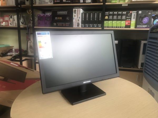 Màn LCD Hikvision DS-D5019QE-BM 18.5 Inch (có cổng HDMI và Vga)