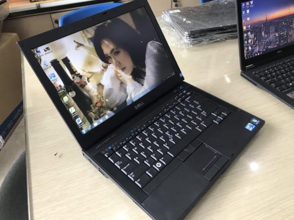 """Dell Latitude E6410 i5 520M / RAM 4 GB / HDD 250G / 14.0"""" HD / Card on"""