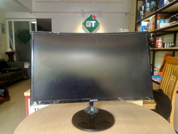 Màn hình cong Samsung LCD LC24F390FHEXXV (cũ, HDMI/Vga)